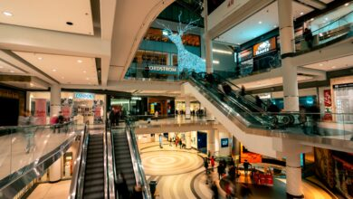 Photo of Top 3 benefits of digital shopping mall signs