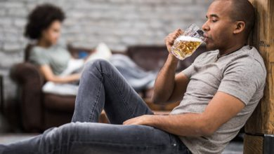 Photo of 5 WAYS TO DEAL WITH AN ALCOHOLIC AT HOME